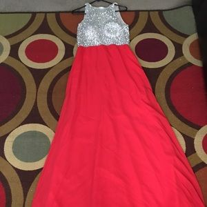 Dresses - Red & silver prom